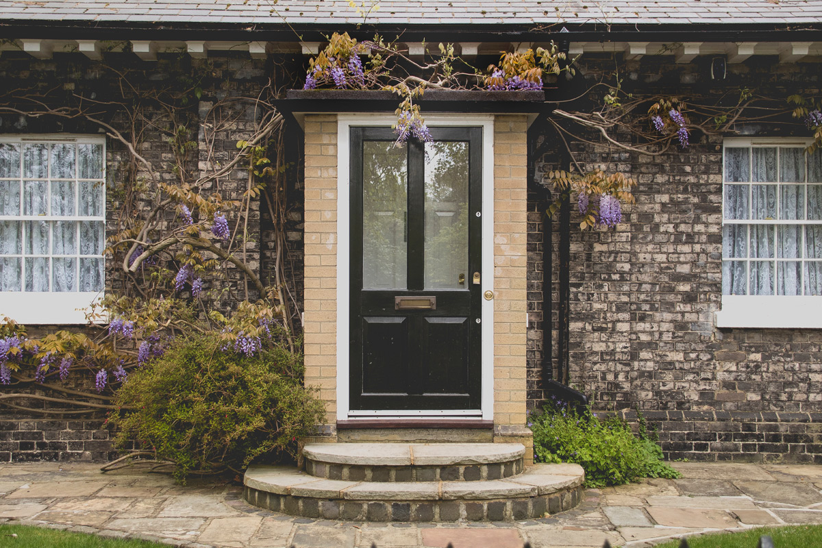 How to Give the Front of Your Home a Makeover