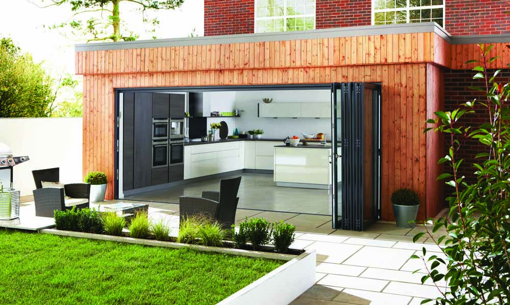 Expert tips for choosing your bifolding door configuration. Includes consideration for the number & size of door panels, opening mechanism, shape of the room & connecting with the outdoors. Get free, practical advice now.