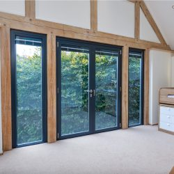 Find the perfect aluminium windows and aluminium doors for your Twickenham property!
